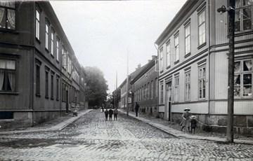 f1f25277 Kasernegaten i gamlebyen i Fredrikstad. Foto: Fredrikstad Museum